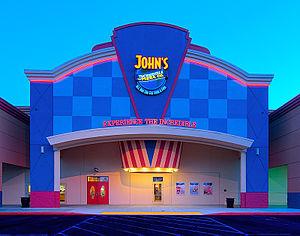 English: John's Inc Roseville
