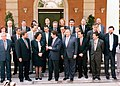 José María Aznar recibe a un grupo de alcaldes y dirigentes municipales. Pool Moncloa. 12 de julio de 1996.jpeg