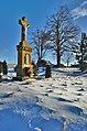 Kříž ve východní části obce u zelené a žluté turistické trasy, Buková, okres Prostějov (02).jpg