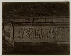 KITLV 28273 - Isidore van Kinsbergen - Relief on the east side of Panataran, Kediri - 1867-02-1867-06.tif