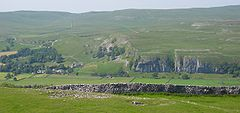 Kilnsey from Conistone Pie, east.jpg