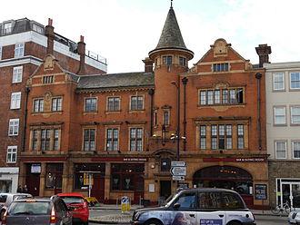Fulham High Street - The King's Head, 2014