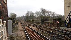 Knaresborough railway station (19th March 2013) 009.JPG