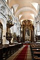 Kolozsvár, piarista templom belső tere 2021 01.jpg
