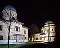 Kuffner-Sternwarte Wien 2015 nachts.jpg