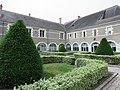L0856 - Selles-sur-Cher - Abbaye.jpg