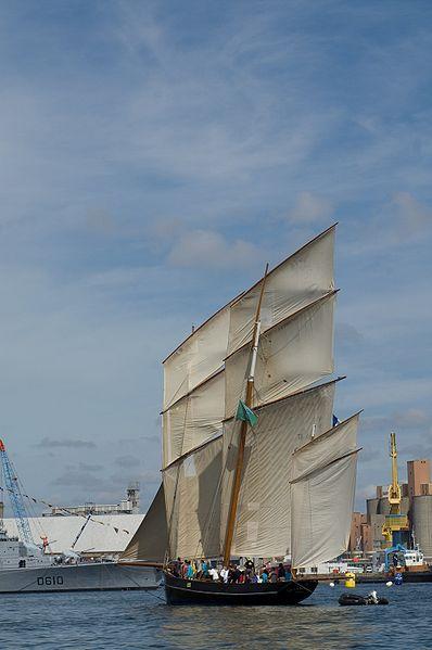 Fichier:La Cancalaise - Brest 2008.jpg