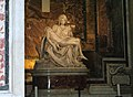 La Pietà di Michelangelo - Basilica di S. Pietro - panoramio.jpg