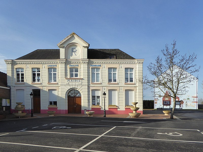 La mairie Marquillies Nord.- France.