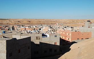 Laâyoune-Sakia El Hamra - Houses in Laayoune