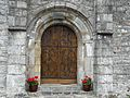 Labessette église portail.JPG