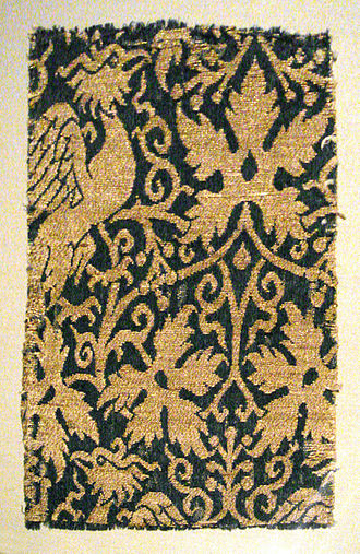 Ilkhanate - Image: Lampas with phoenix silk and gold Iran or Irak 14th century