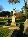 Laverstock - Cemetery - geograph.org.uk - 1713133.jpg