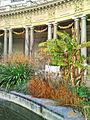 Le jardin intérieur et le péristyle (Petit Palais, Paris) (3090431986).jpg