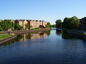 Tottenham Hale - Image: Lea from Ferry Lane