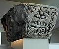 Liège, Grand Curtius. Chapiteau d'un pilier de la ancienne cathédrale St-Lambert (vers 1180).JPG