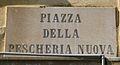 Livorno Piazza delle Pescheria Nuova street name 01.JPG