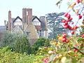 Loseley House - geograph.org.uk - 986156.jpg