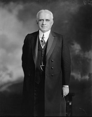 Lucius E. Pinkham - Image: Lucius Eugene Pinkham standing