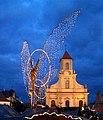Ludwigsburger Barock-Weihnachtsmarkt mit Lichtengel und Kirche.jpg