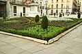MADRID A.V.U. PLAZA DE LA VILLA JARDIN (CON COMENTARIOS) - panoramio.jpg