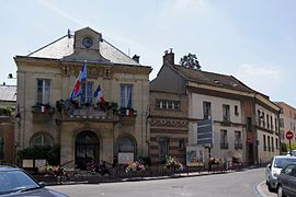 The town hall of Châtillon