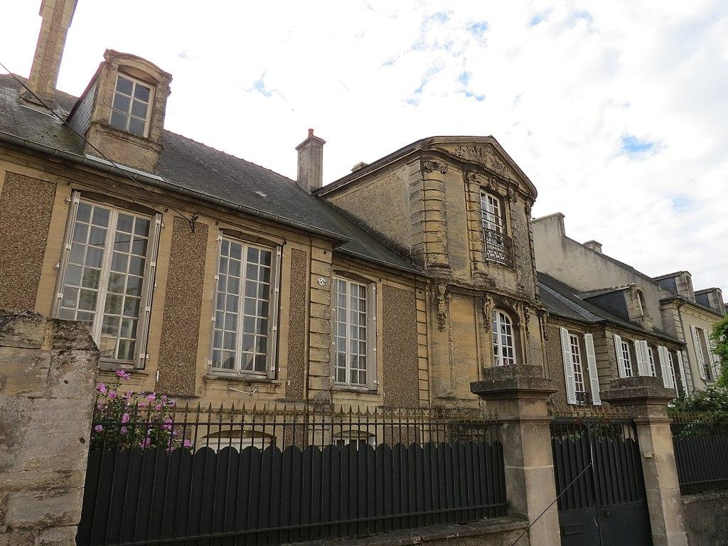 Maison de la Du Barry 2.JPG