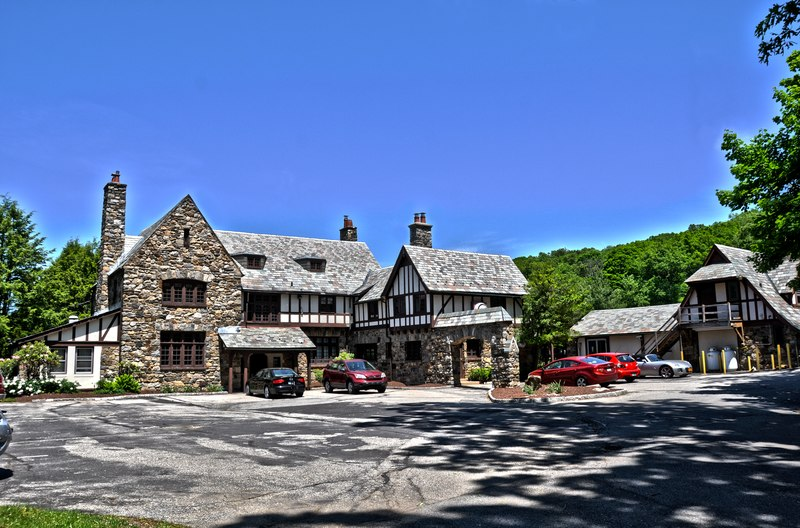 File:Manor House of Briarcliff Corporate Campus (2).tiff