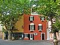 Martigues — Place Mirabeau (quartier de L'Île).JPG