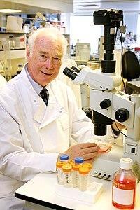 Martin Evans Nobel Prize.jpg