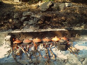 Tajine - Outdoor cooking using a tajine