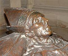 Mercier érsek síremléke a Szent Rumbold-katedrálisban