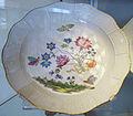 Meissen, 1763-1774 ca., piatto con decoro floreale 01.JPG