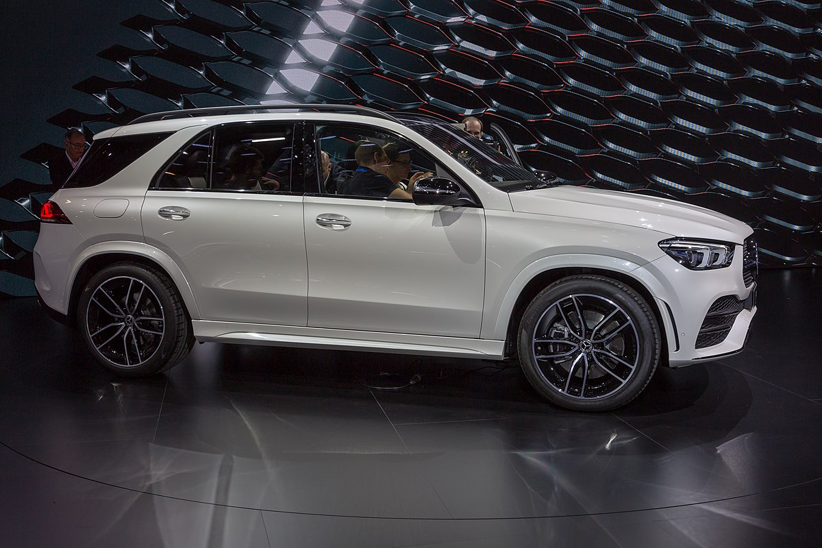 Px Porsche Cayenne V Flickr The Car Spy further Img likewise Maxresdefault moreover  likewise Large. on audi q7