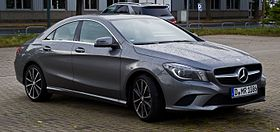 Mercedes-Benz CLA 180 Urban (C 117) – Frontansicht, 18. August 2013, Hilden.jpg