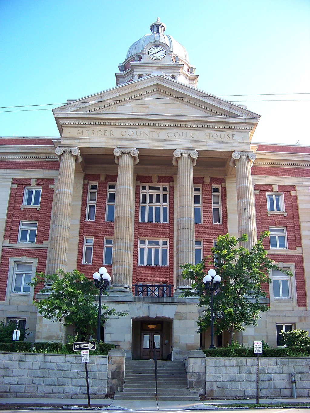 Mercer County Courthouse - panoramio