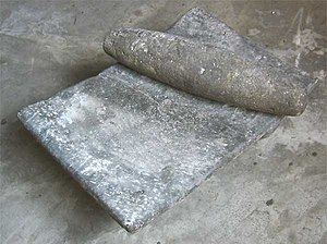 Mano (stone) - Metate and mano.