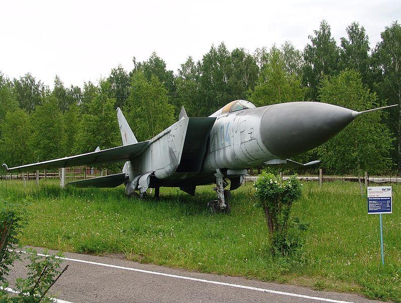 File Mikoyan-gurevich Mig-25p  Russia