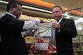 Ministro Blairo Maggi fiscaliza produtos feitos de carnes (33590937285).jpg