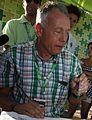 Ministrul mediului pictand tricouri (cropped).jpg