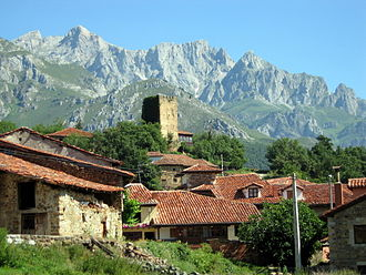Camaleño - Mogrovejo Town located in the municipality of Camaleño. At background the Tower of Pedro Ruiz de Mogrovejo, from the 13th century.
