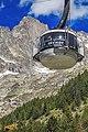 Monte Bianco di Courmayeur Cabinovia 3.jpg