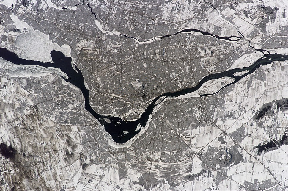 Montreal Canada from ISS014