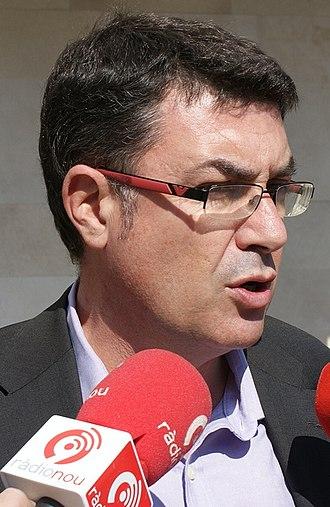 2011 Valencian regional election - Image: Morera micros