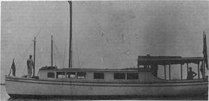Motorboat Tommy Traddles.jpg