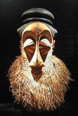 "Kuba Kingdom - Helmet mask ""mulwalwa"", Southern Kuba, 19th or early 20th century"