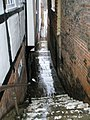 Narrow alley leading down from Quarry Street to Millbrook - geograph.org.uk - 1080673.jpg