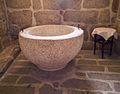 Navalcán-Antigua-pila-bautismal-Iglesia-Nuestra-Señora-del-Monte-(DavidDaguerro).jpg