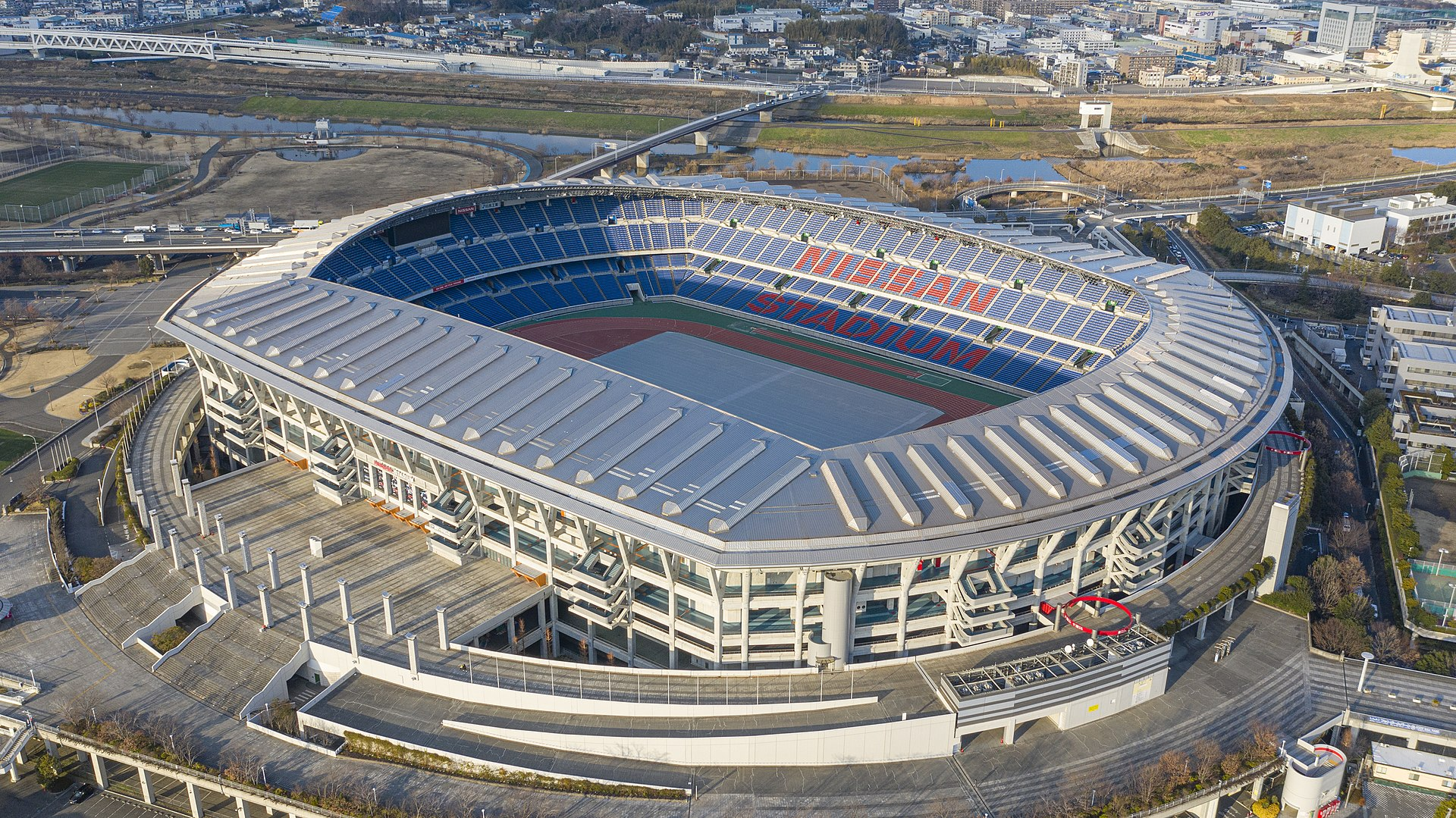 Nissan International Stadium Yokohama.jpg