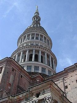 La cupola di San Gaudenzio, simbolo della città, è alta 121 metri